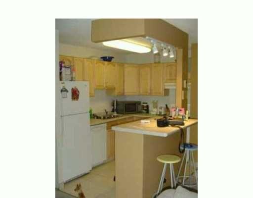 Main Photo: 312 460 KENASTON Boulevard in WINNIPEG: River Heights / Tuxedo / Linden Woods Condominium for sale (South Winnipeg)  : MLS®# 2411886