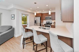 Photo 4: 207 7161 West Saanich Rd in BRENTWOOD BAY: CS Brentwood Bay Condo for sale (Central Saanich)  : MLS®# 839136