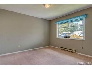 Photo 12: 1300 Layritz Pl in VICTORIA: SW Layritz House for sale (Saanich West)  : MLS®# 700701