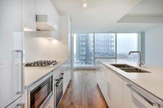 Photo 9: 4006 10360 102 Street in Edmonton: Zone 12 Condo for sale : MLS®# E4261953