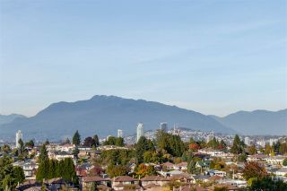 Photo 1: 1203 5665 BOUNDARY Road in Vancouver: Collingwood VE Condo for sale (Vancouver East)  : MLS®# R2413367