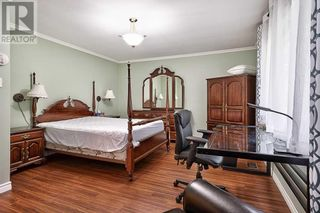 Photo 12: 379 LAKESHORE RD W in Oakville: House for sale : MLS®# W5399645