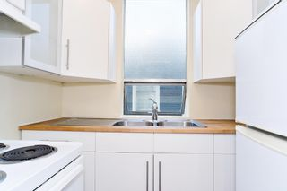 """Photo 9: 202 1534 HARWOOD Street in Vancouver: West End VW Condo for sale in """"ST. PIERRE"""" (Vancouver West)  : MLS®# R2505398"""