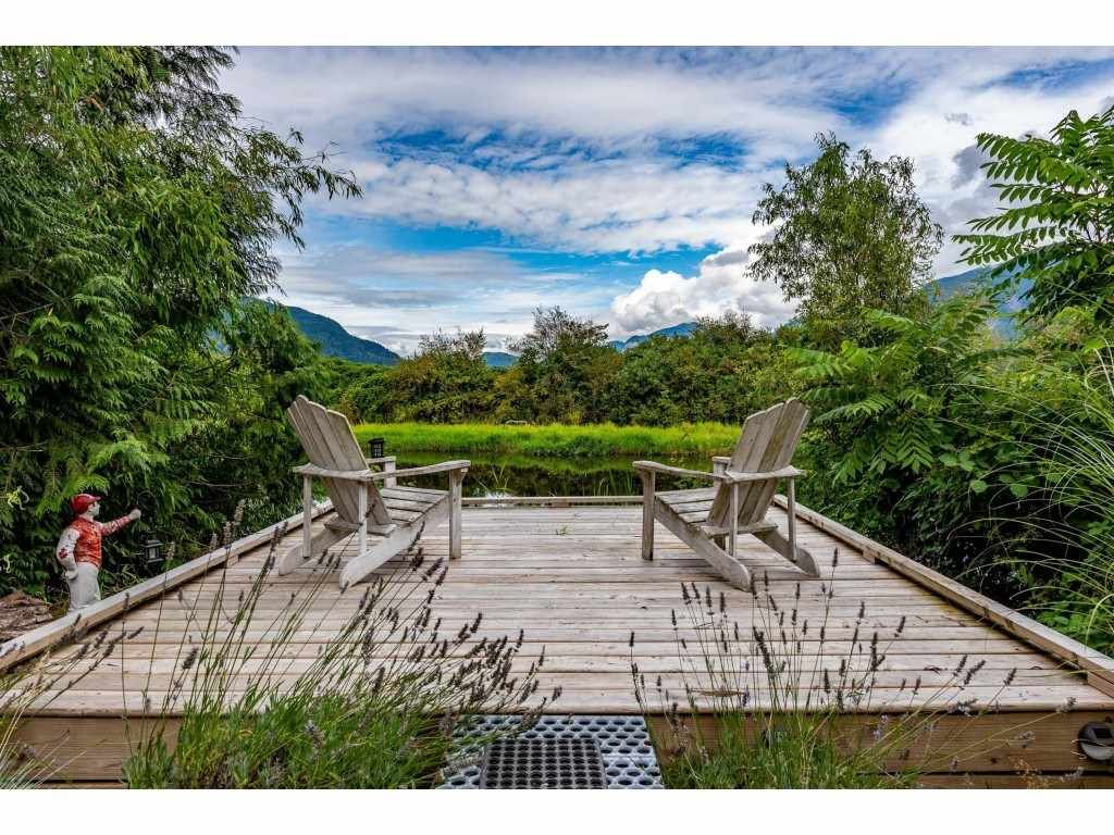 Main Photo: 10164 MOUNTAINVIEW Road in Mission: Durieu House for sale : MLS®# R2489898