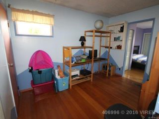 Photo 6: 1739 Lewis Ave in COURTENAY: CV Courtenay City House for sale (Comox Valley)  : MLS®# 728145