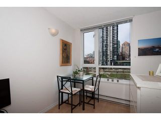 """Photo 8: 410 1188 RICHARDS Street in Vancouver: Yaletown Condo for sale in """"Park Plaza"""" (Vancouver West)  : MLS®# V1055368"""