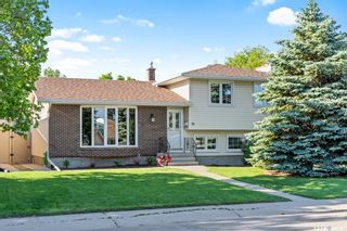 Main Photo: 66 Hawkes Avenue in Regina: Normanview West Residential for sale : MLS®# SK859733