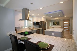 Photo 3: CARLSBAD SOUTH Manufactured Home for sale : 2 bedrooms : 7232 Santa Barbara #318 in Carlsbad