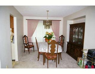"""Photo 3: 6884 COACH LAMP Drive in Sardis: Sardis West Vedder Rd House for sale in """"WELLS LANDING"""" : MLS®# H2901855"""