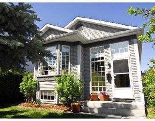 Photo 1: 372 RIVER ROCK Circle SE in CALGARY: Riverbend Residential Detached Single Family for sale (Calgary)  : MLS®# C3334273