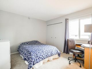 """Photo 22: 3 3370 ROSEMONT Drive in Vancouver: Champlain Heights Townhouse for sale in """"ASPENWOOD"""" (Vancouver East)  : MLS®# R2493440"""