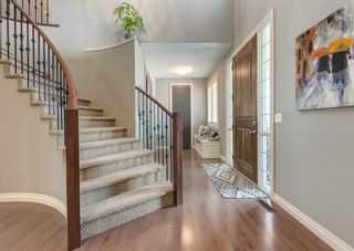 Photo 2: 137 Kinniburgh Gardens: Chestermere Detached for sale : MLS®# A1088295