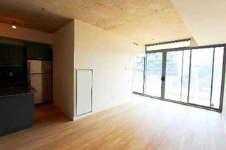 Photo 3: 18 95 Bathurst Street in Toronto: Waterfront Communities C1 Condo for lease (Toronto C01)  : MLS®# C3122316