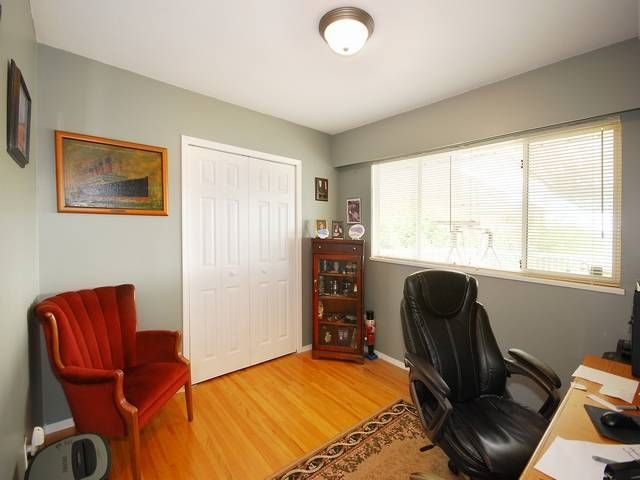Photo 15: Photos: 6570 LOCHDALE Street in Burnaby: Parkcrest House for sale (Burnaby North)  : MLS®# R2002932