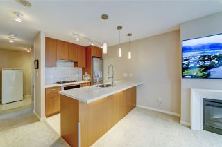 """Photo 4: 802 2982 BURLINGTON Drive in Coquitlam: North Coquitlam Condo for sale in """"Edgemont by Bosa"""" : MLS®# R2533991"""