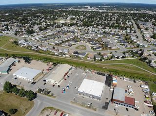 Photo 4: 390 South Industrial Drive in Prince Albert: South Industrial Commercial for sale : MLS®# SK821264