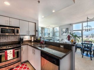 """Photo 14: 1301 189 NATIONAL Avenue in Vancouver: Downtown VE Condo for sale in """"SUSSEX"""" (Vancouver East)  : MLS®# R2590311"""