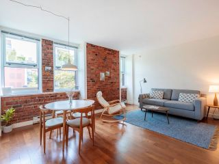 """Photo 2: 404 233 ABBOTT Street in Vancouver: Downtown VW Condo for sale in """"Abbott Place"""" (Vancouver West)  : MLS®# R2617802"""