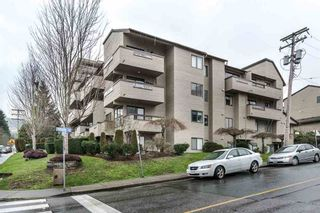 Photo 16: 406 1363 CLYDE AVENUE in West Vancouver: Home for sale : MLS®# R2035971