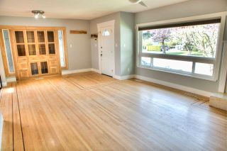 Photo 13: 46590 RIVERSIDE Drive in Chilliwack: Chilliwack N Yale-Well House for sale : MLS®# R2579269