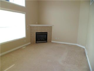 Photo 5: 86 CRYSTAL SHORES Cove: Okotoks Townhouse for sale : MLS®# C3535834