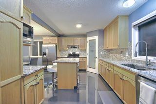 Photo 8: 328 Templeton Circle NE in Calgary: Temple Detached for sale : MLS®# A1074791