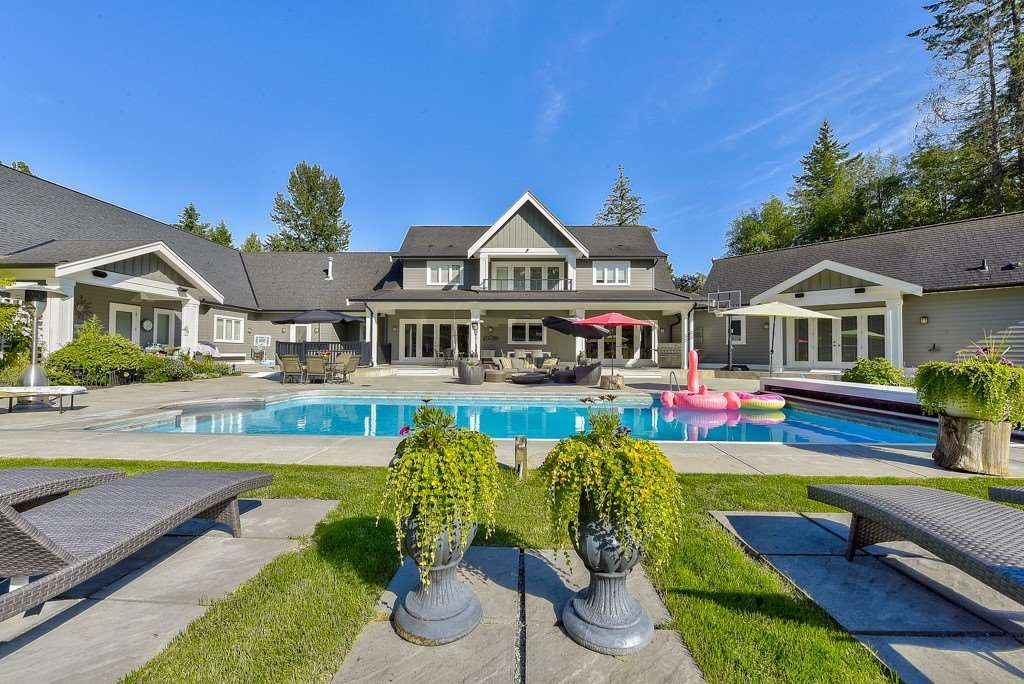 Photo 5: Photos: 20053 FERNRIDGE CRESCENT in Langley: Brookswood Langley House for sale : MLS®# R2530533