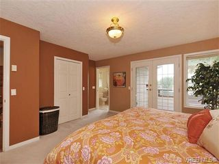 Photo 11: 948 Page Avenue in : La Glen Lake House for sale (Langford)  : MLS®# 320355