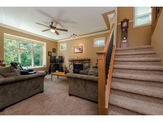 """Photo 3: 8 36169 LOWER SUMAS MTN Road in Abbotsford: Abbotsford East Townhouse for sale in """"Junction Creek"""" : MLS®# R2283767"""