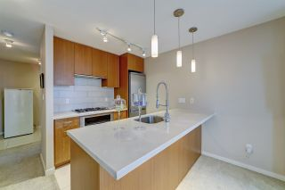"""Photo 3: 802 2982 BURLINGTON Drive in Coquitlam: North Coquitlam Condo for sale in """"Edgemont by Bosa"""" : MLS®# R2533991"""