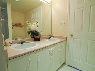 "Photo 7: 13 39920 GOVERNMENT Road in Squamish: Garibaldi Estates Townhouse for sale in ""Shannon Estates"" : MLS®# R2489214"