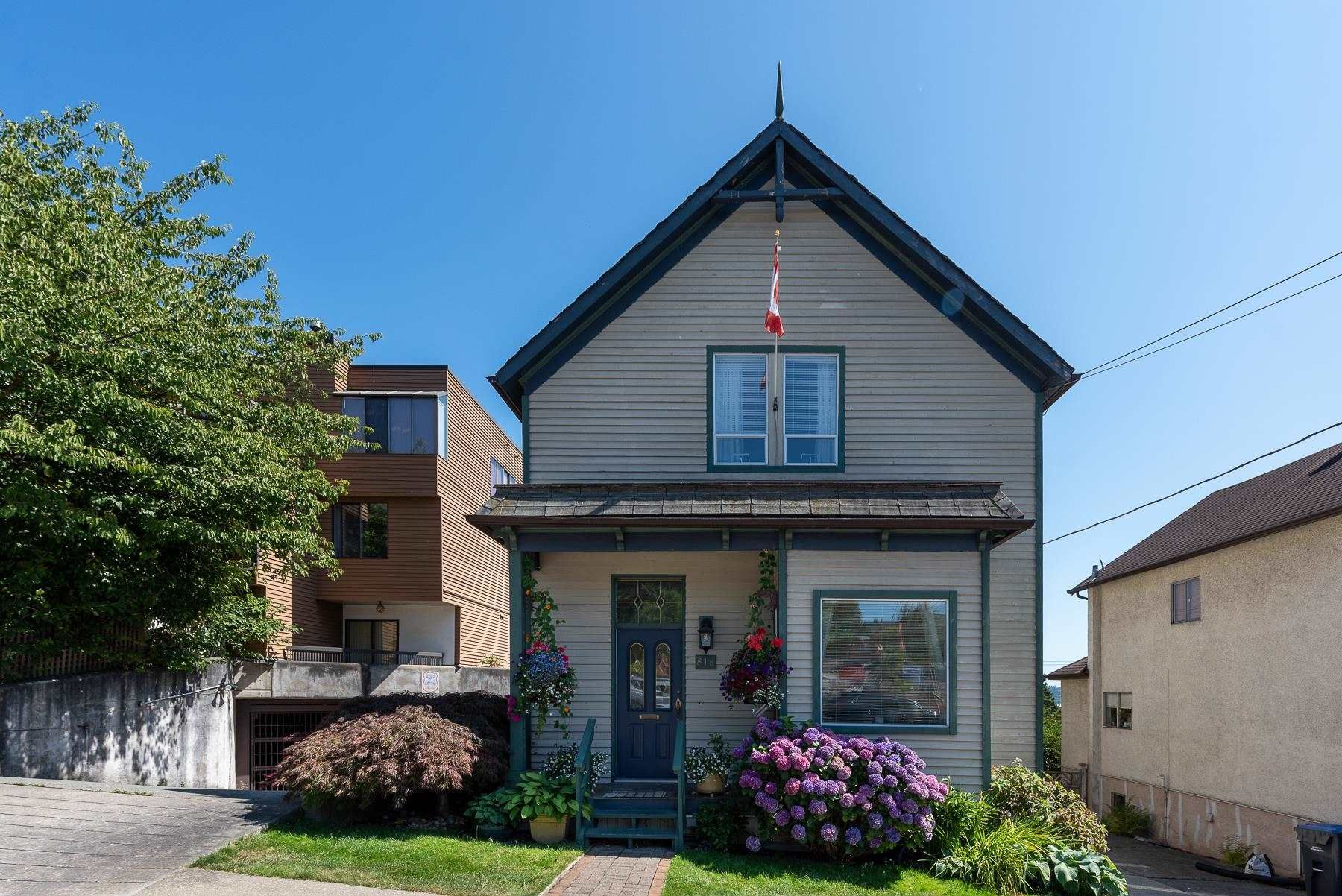 Main Photo: 818 MILTON Street in New Westminster: Uptown NW House for sale : MLS®# R2606504