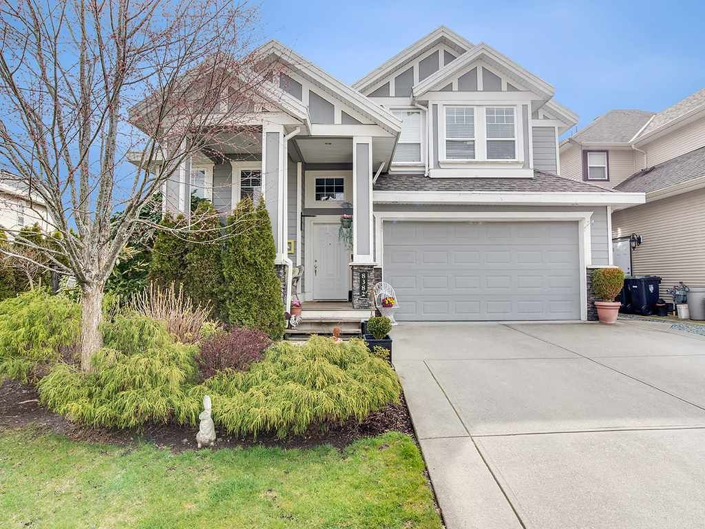 Main Photo: 8382 211 Street in Langley: Willoughby Heights House for sale : MLS®# R2251767