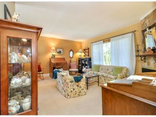 Photo 9: 13287 94TH Avenue in Surrey: Queen Mary Park Surrey House for sale : MLS®# F1316116