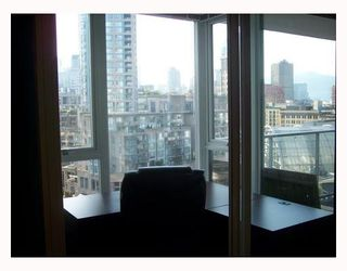 "Photo 6: 1206 58 KEEFER Place in Vancouver: Downtown VW Condo for sale in ""FIRENZE I"" (Vancouver West)  : MLS®# V793718"