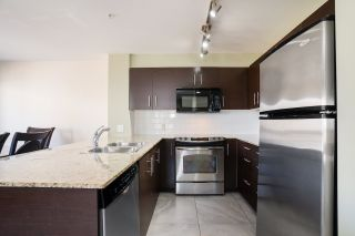 """Photo 4: 301 11667 HANEY Bypass in Maple Ridge: West Central Condo for sale in """"Haney's Landing"""" : MLS®# R2568174"""