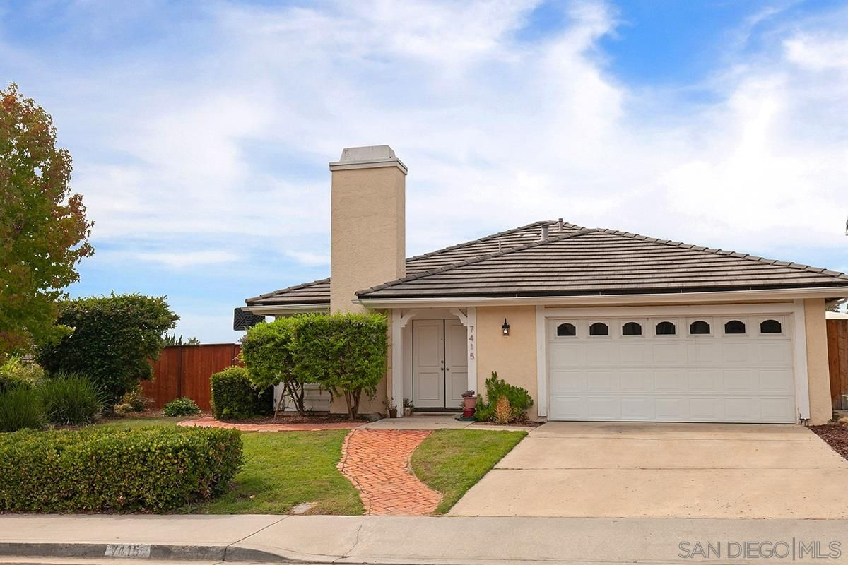 Main Photo: CARLSBAD SOUTH House for sale : 3 bedrooms : 7415 Carlina St in Carlsbad