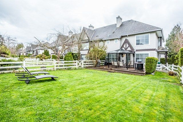 """Photo 17: Photos: 49 12099 237 Street in Maple Ridge: East Central Townhouse for sale in """"GABRIOLA"""" : MLS®# R2153314"""