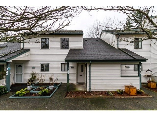 """Main Photo: 125 13714 67 Avenue in Surrey: East Newton Townhouse for sale in """"HYLAND CREEK"""" : MLS®# R2140065"""