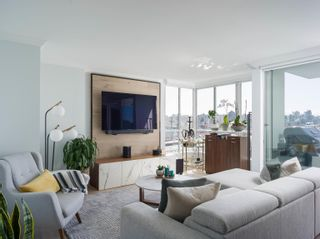 Photo 1: 1507 1500 HOWE STREET in Vancouver: Yaletown Condo for sale (Vancouver West)  : MLS®# R2623287