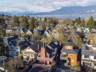 """Photo 39: 4228 W 11TH Avenue in Vancouver: Point Grey House for sale in """"Point Grey"""" (Vancouver West)  : MLS®# R2542043"""