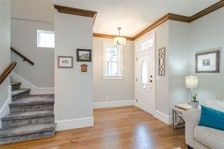 """Photo 3: 22961 BILLY BROWN Road in Langley: Fort Langley Condo for sale in """"BEDFORD LANDING"""" : MLS®# R2482355"""