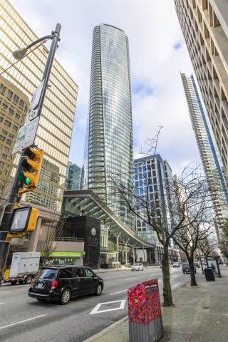 Photo 1: 6305 1151 W GEORGIA Street in Vancouver: Coal Harbour Condo for sale (Vancouver West)  : MLS®# R2542197