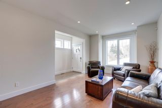 Photo 11: 1712 29 Street SW in Calgary: Shaganappi Detached for sale : MLS®# A1104313