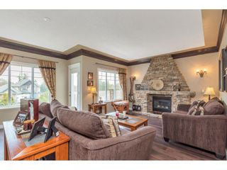Photo 2: 8021 LITTLE Terrace in Mission: Mission BC House for sale : MLS®# R2475487