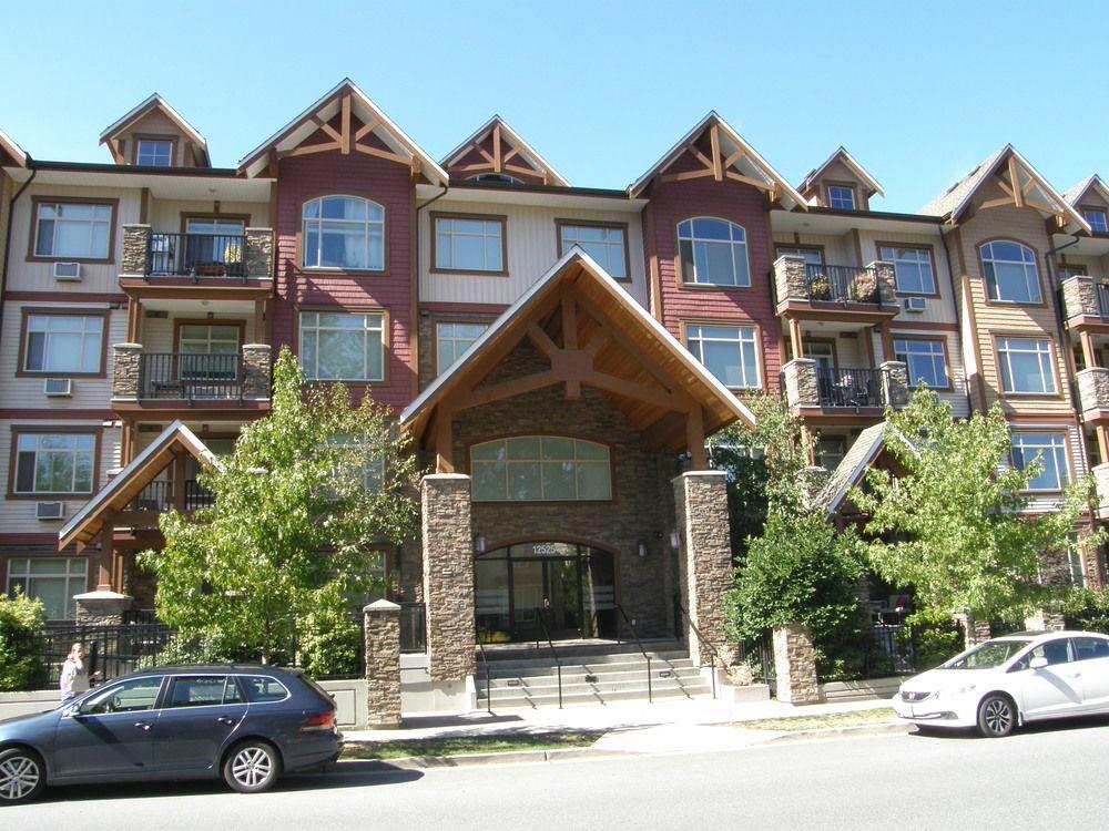Main Photo: 404 12525 190A Street in CEDAR DOWNS: Home for sale : MLS®# R2200904