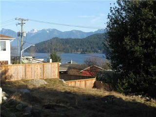 Photo 3: 491 S FLETCHER Road in Gibsons: Gibsons & Area House for sale (Sunshine Coast)  : MLS®# V1057705