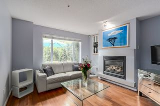 """Photo 2: 2738 CRANBERRY Drive in Vancouver: Kitsilano Townhouse for sale in """"ZYDECO"""" (Vancouver West)  : MLS®# R2073956"""