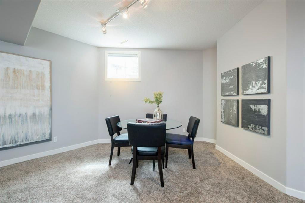 Photo 34: Photos: 32 Prominence Park SW in Calgary: Patterson Row/Townhouse for sale : MLS®# A1112438