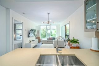 """Photo 10: 521 5598 ORMIDALE Street in Vancouver: Collingwood VE Condo for sale in """"WALL CENTER CENTRAL PARK"""" (Vancouver East)  : MLS®# R2495888"""